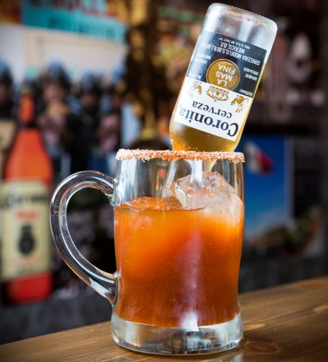 Cocktail con Coronita